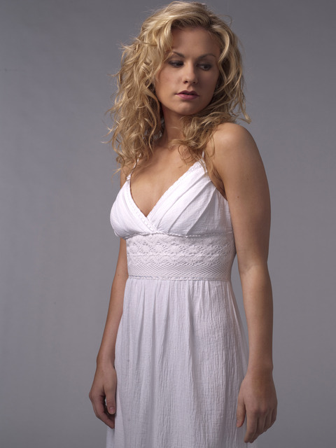 sookie-stackhouse-anna-paquin-season-2_480x640