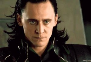 tom-hiddleston-as-loki-from-nun-gun_tumblir_com